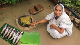 Delicious Lote Fish Fry in Clay Tawa by Grandmother | Village Style Lote Fish Recipe