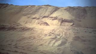 قناة السويس الجديدة :مشهد عام للحفر بالقطاع الجنوبي وتلال رمال الحفر يناير2015