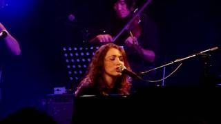 Regina Spektor - Two Birds - live in Malmö (HD)