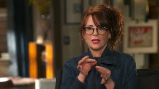 "Will & Grace: Relaunch: Megan Mullally ""Karen Walker"" Behind the Scenes Interview"
