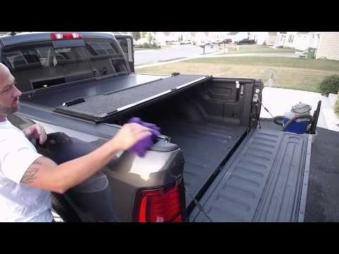 Undercover Ultra Flex Tonneau Cover Fast Facts On A 2017 Dodge Ram 2500 Youtube