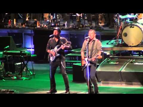 Bruce Springsteen - Clampdown (The Clash cover w/Tom Morello, Consol Energy, Pittsburgh - 4-22-14
