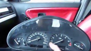 Comment démonter le compteur sur BMW E36