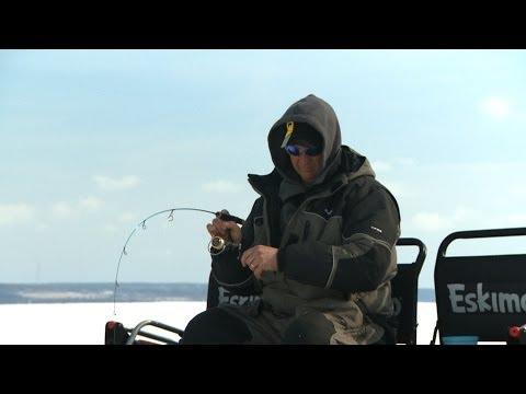 Ice Fishing Winter Whitefish on Green Bay  - Babe Winkelman's Good Fishing