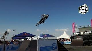Bike freestyle au stand de RADIOMARS durant le WTCC