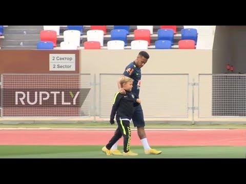 Неймар с сыном видео