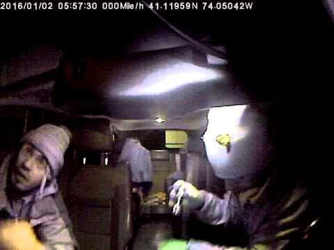 Thieves Stealing From Cars In Monsey