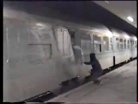 live graffiti action on trains in grmania