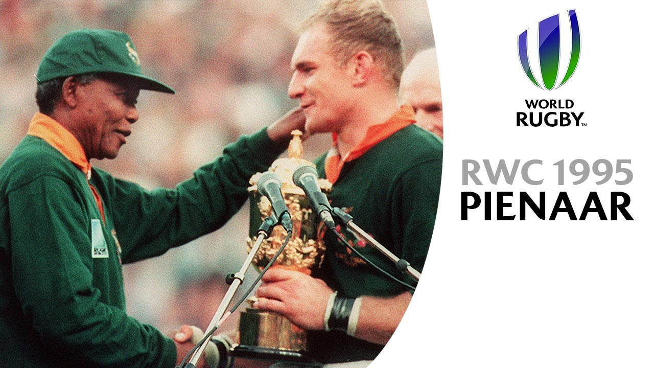 nelson mandela amp francois pienaar moment at rwc 1995 youtube