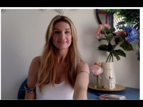 Capricorn Oct 2015 Love Psychic tarot from YouTube · Duration:  6 minutes 42 seconds