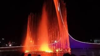 Шоу поющих фонтанов в Сочи