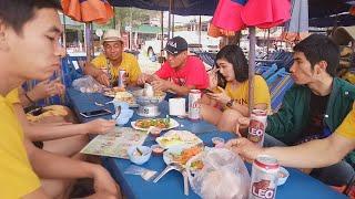 บรรยากาศชิลๆ ชายหาดชะอำ เล่น กิน เที่ยว จังหวัดเพชรบุรี