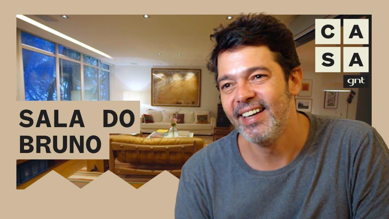 Bruno Mazzeo mostra sala de sua casa que virou cenário para série durante a quarentena | Lar