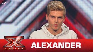 Alexander synger 'Bar en knægt' (egen sang) – AK97 (5 Chair Challenge)   X Factor 2021   TV 2