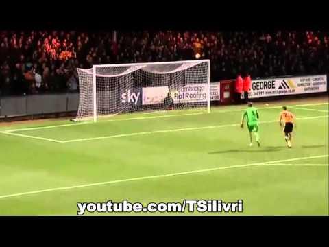 Roy Carroll Mistake - Epic Fail Goal