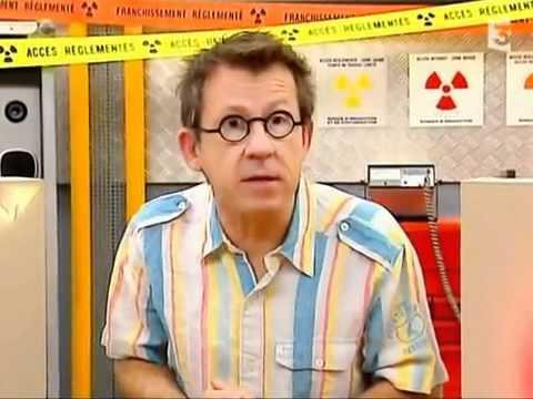 hqdefault - Les mystérieux rayons du professeur Röntgen