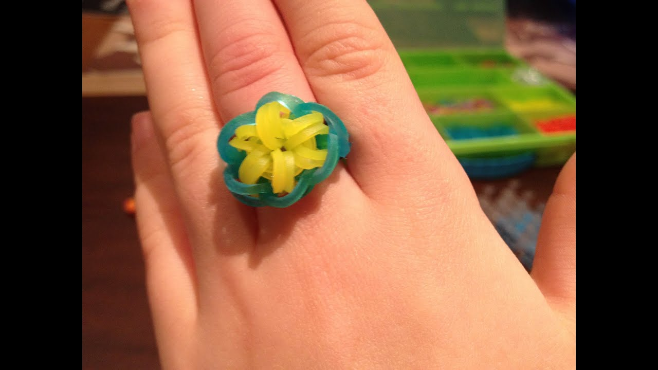 How To Make A Rainbow Loom Colourful Starburst Ring Youtube