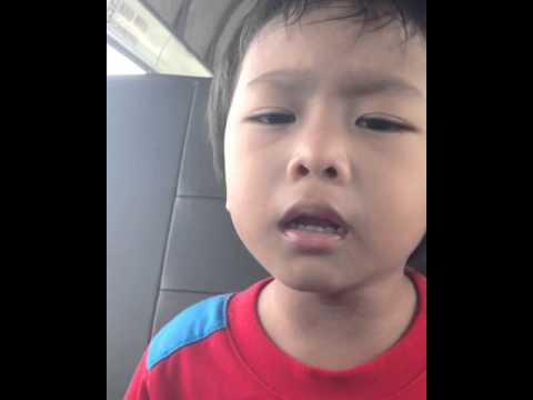 Adik (Rayyan) Menyanyi - One Call Away-Charlie Puth