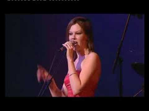Roxanne Wilde - Here Comes That Feeling