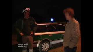 Baixar Wahnsinn! Polizist tötet Reh! - Alles in Ordnung