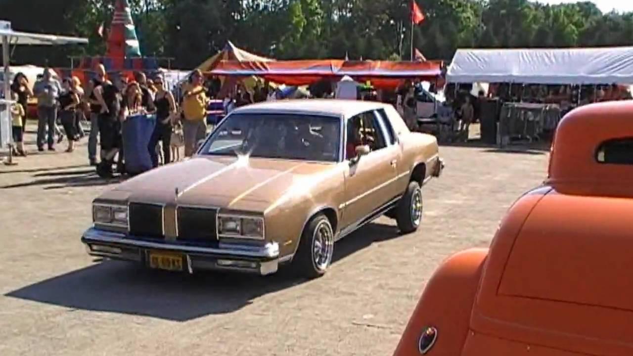 oldsmobile cutlass supreme lowrider bouncing youtube oldsmobile cutlass supreme lowrider