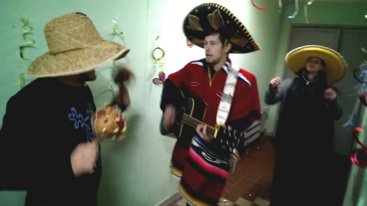 Сценка поздравление от мексиканцев