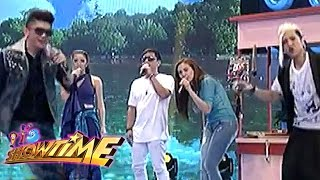 Flip Top battle with It's Showtime hosts on Sine Mo To!