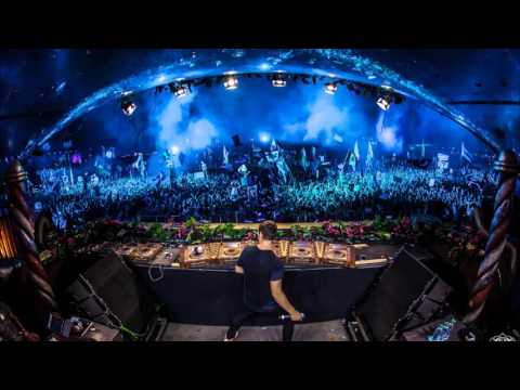 Martin Garrix Feat David Guetta - Blue Flames Played on Umf  Remake