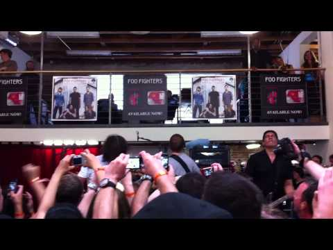 "Foo Fighters-""White Limo"" live at Fingerprintz Record Store- Long Beach Ca 4-16-11"