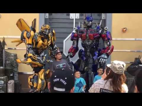 Transformers Meeting Both Optimus Prime & Bumblebee Universal Studios Hollywood 2017