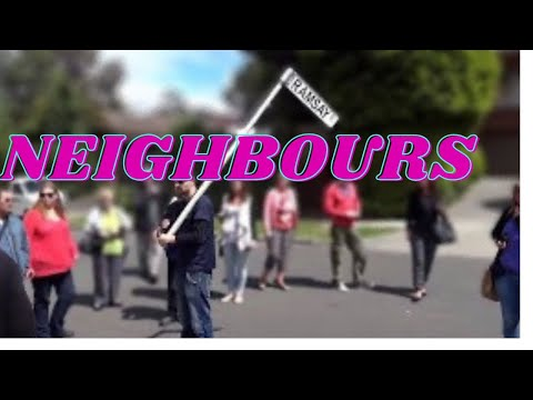 Ramsay street Neighbours tour 2013