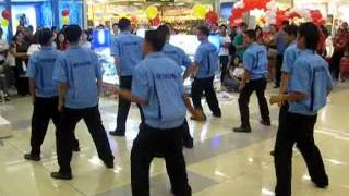 SM City Tarlac Dancing Janitors