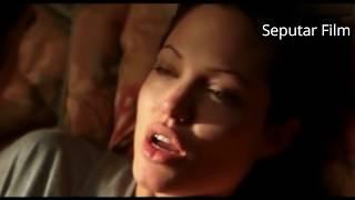 Download Video Adegan Panas - Ciuman Hot Angelina Jolie | Ekspresi Acting Memukau di Film Taking Lives MP3 3GP MP4