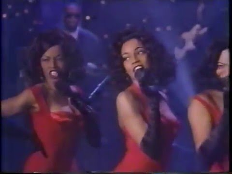 "EN VOGUE ""Giving Him Something He Can Feel"""