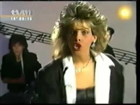 C C  Catch   Cause you are young Karaoke   Lyric   New Wave