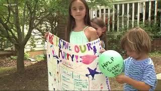 Charlotte kids raising money to save dog's life