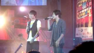 2011.10.6 黃文星.黃鐙輝-三心兩意【南亞技術學院演唱會】