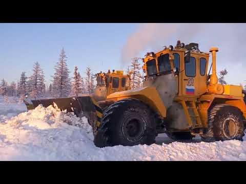 Колесные бульдозеры Тэсмарк® расчищают зимник АО «АЛМАЗЫ АНАБАРА»