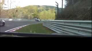 Nürburgring Nordschleife Nissan GTR Crash / Renault Clio, roof flip