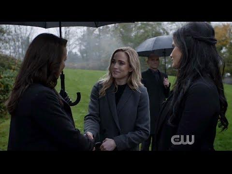 Arrow 8x10 Oliver Queen's Funeral Scene #1