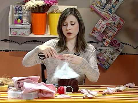 Colgante para cortina en patchwork youtube for Como hacer cortinas de cocina