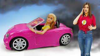 У Барби шоппинг Видео для девочек Маша Тои Клаб помогает в выборе