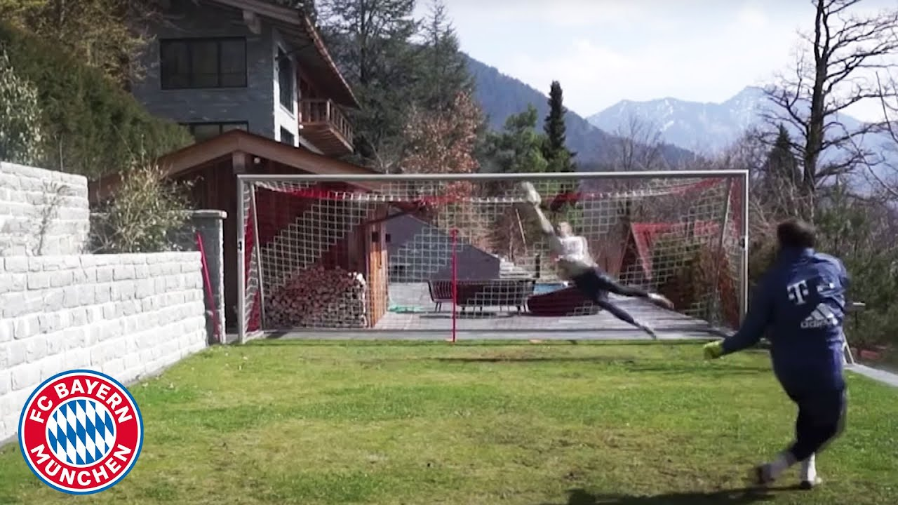 Manuel Neuer's impressive training at Lake Tegernsee | FC Bayern