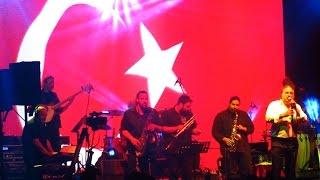 Volkan Konak - İzmir Marşı (Mersin Konseri)