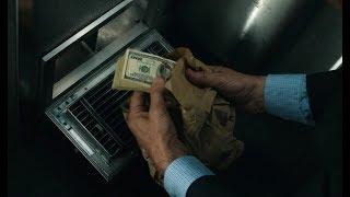 看完这部电影后,就算路上放着一沓钱,我都不敢去捡了 thumbnail