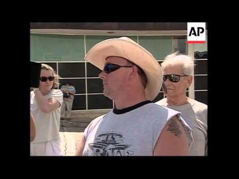 USA: JASPER: KU KLUX KLAN RALLY ENDS IN SCUFFLES