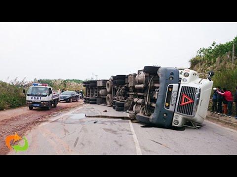 Ne pas oser regarder les horreurs de l'accident de camion  en 2017
