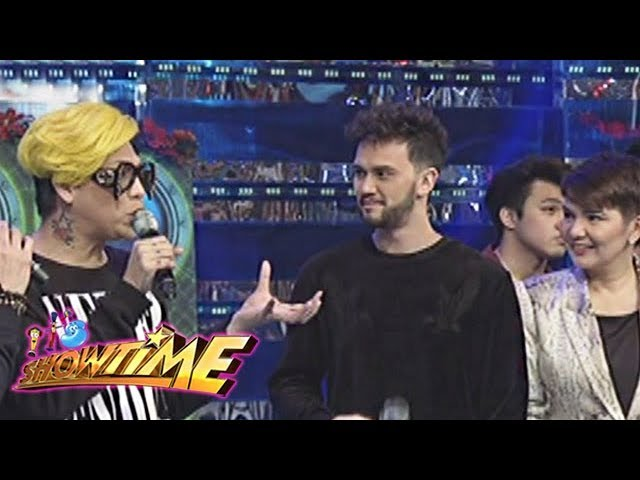 It's Showtime: The hosts talk about their Christmas preparations