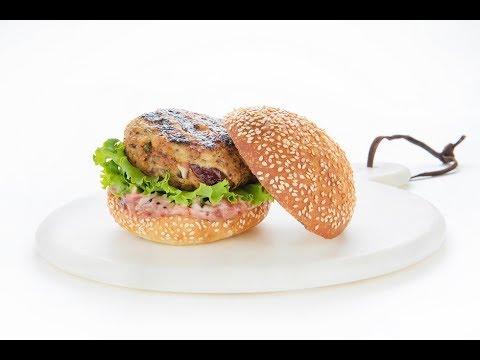 hamburgers-de-poulet-aux-canneberges-aigres-douces-à-l'érable