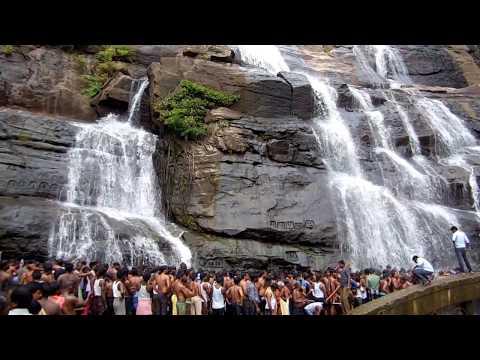 Main Falls @ Coutallam (குற்றாலம்) Tamilnadu, Spa of South India